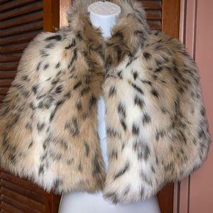 Faux fur cape Shawl wrap